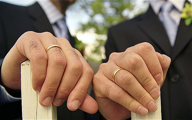 Methodists vote to hold gay marriages