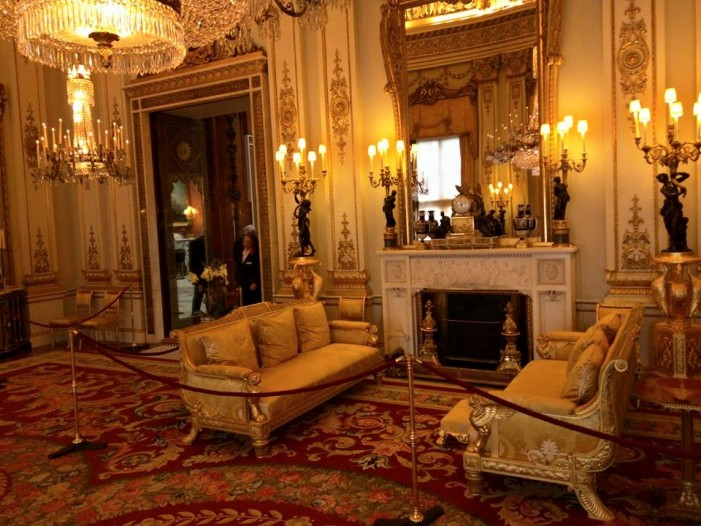 Review: Buckingham Palace State Room Tour