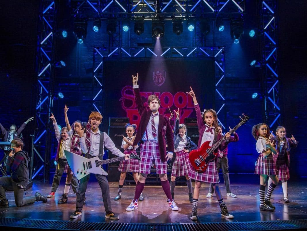 school rock review Reviews of school of rock on broadway see what all the critics had and read all the reviews for school of rock including the new york times and more.