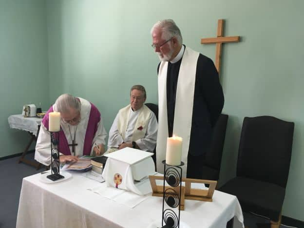 Algarve expats welcome their new priest