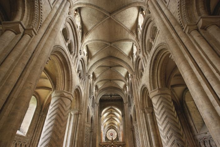 Cathedral attendance and income plummets after pandemic lockdowns