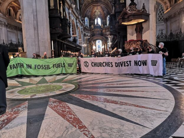 Climate protesters invade St Paul's to demand church action on climate